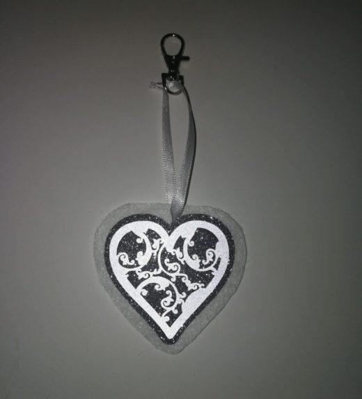 sydän valko-hopea heijastava