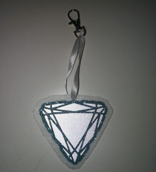 timantti valko-turkoosi heijastava
